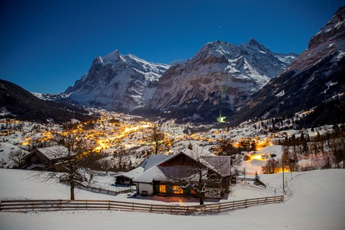 ski weekends in Grindelwald village at night
