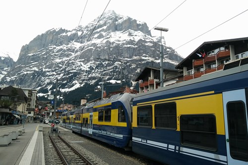 Grindelwald ski train