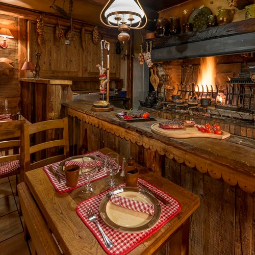 Restaurant-Hotel Eterlou Meribel-France