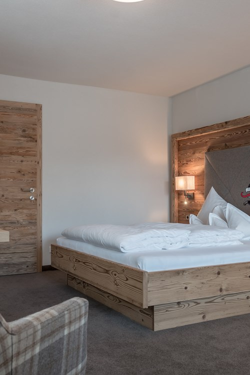 Burghotel Alpenguhn-Ski Accommodation in Obergurgl-Austria-double room