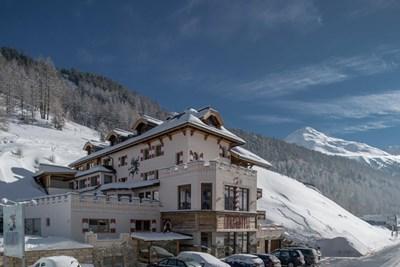 3* Burghotel Alpengluhn