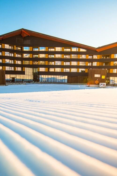 Myrkdalen Hotel, Ski in Norway, ski in ski out hotel
