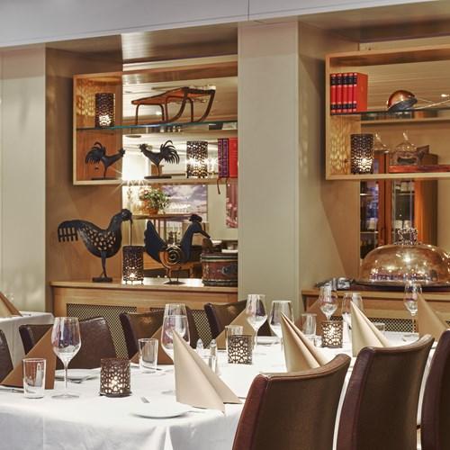 Hotel Bardola, Geilo ski resort, Norway-restaurant dining table