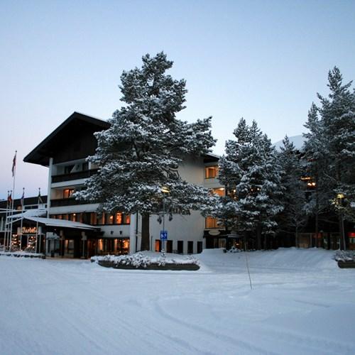 snowy exterior of the Hotel Bardola, Geilo ski resort, Norway
