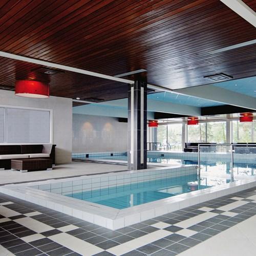 Indoor swimming pool at Hotel Bardola, skiing in Geilo, Norway