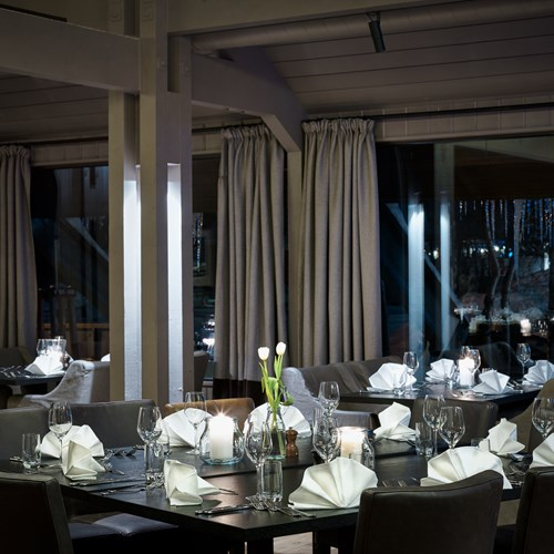 dining room at Vestlia resort ski hotel, Geilo, Ski Norway