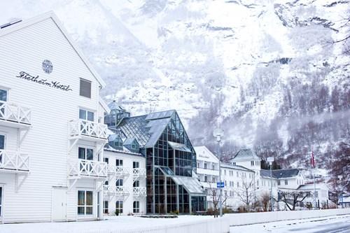 White exterior of Fretheim Hotel-Flam-Norway