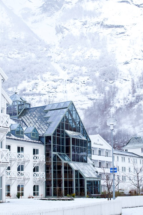 White exterior of Fretheim Hotel-Flam-Norway
