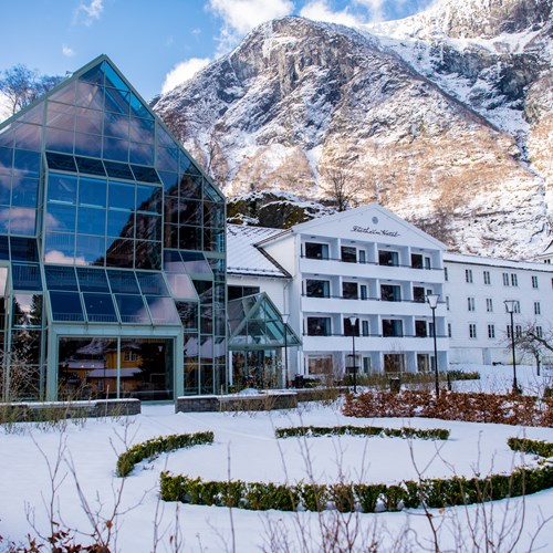 Fretheim Hotel Exterior close up-Flam-Norway