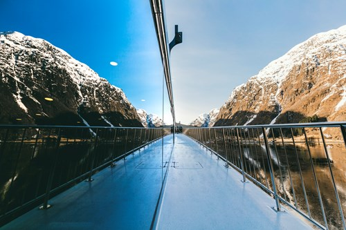 Fjord cruise-ski and fjord experience-Myrkdalen and Flam