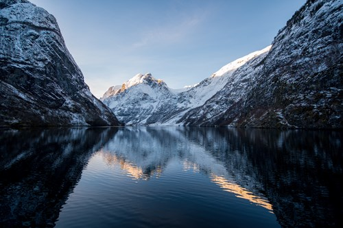 Ski and fjord experience-Myrkdalen and Flam-Norway