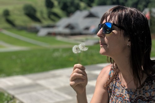 Blowing dandelions in Meribel-France
