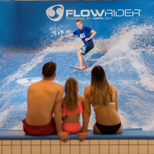 flowrider artificial surfing at Radisson Blu resort Trysil
