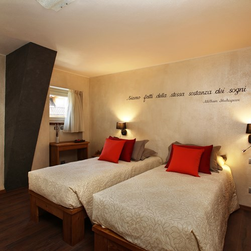Hotel Serendipity Sauze d'oulx-Italy-twin room