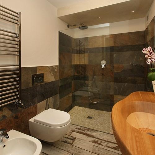 Hotel Serendipity Sauze d'oulx-Italy-bathroom