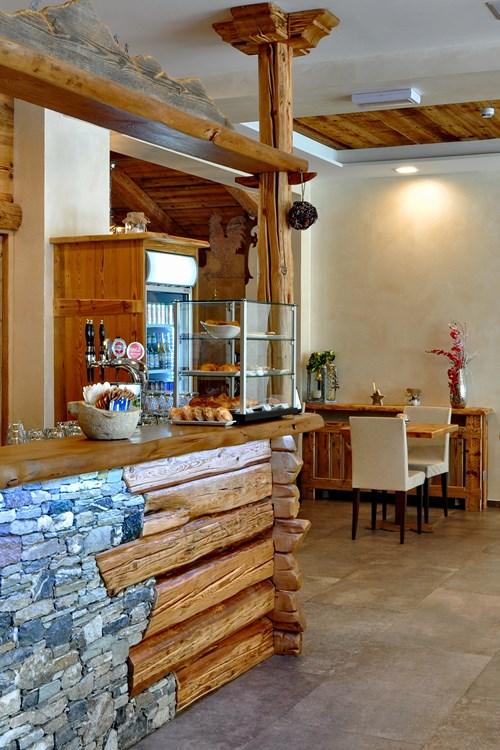 Hotel Serendipity Sauze d'oulx-Italy-hotel bar