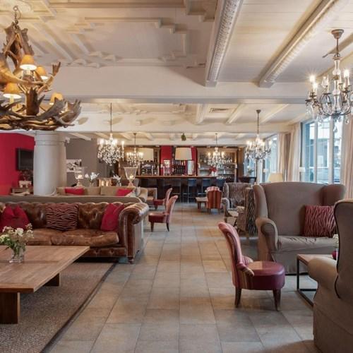 Q! Hotel Maria Theresia-Kitzbuhel-Austria-fireplace lounge.JPG