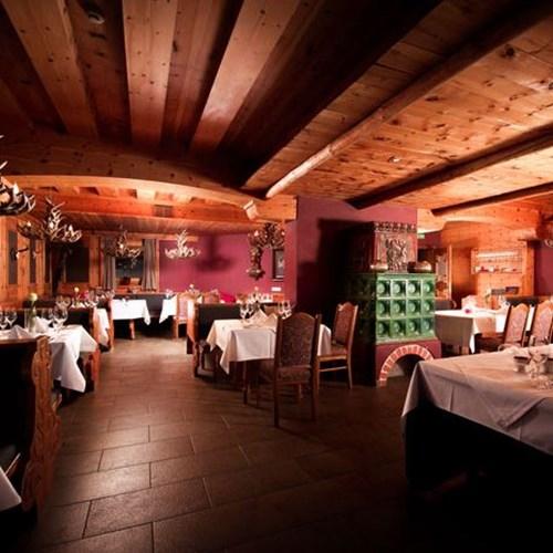 Q! Hotel Maria Theresia-Kitzbuhel-Austria-jagdstube in the restaurant.JPG