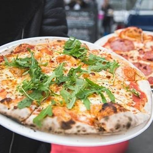 Telegraph ski and snowboard show-pizza-street food