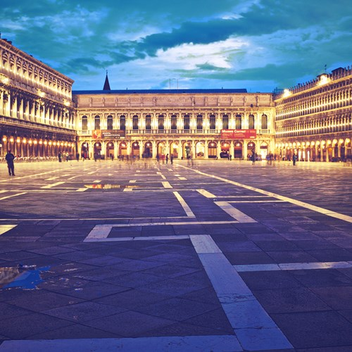 Venice-Italy-multicentre-st marks square at night