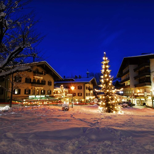 Hotel-Neue-Post-Mayrhofen-ski-resort-exterior at night
