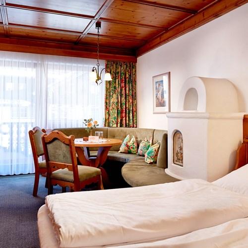 Hotel-Neue-Post-Mayrhofen-standard-room