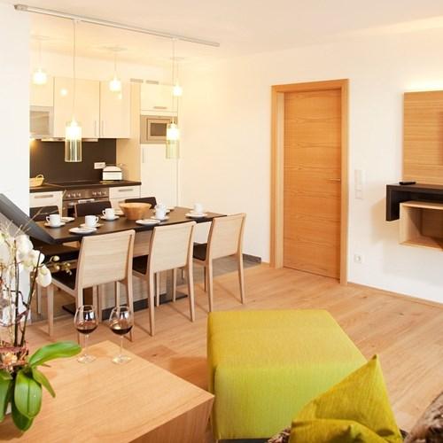 Hotel-Lederer's-Living-Kaprun-design-Hotel-apartment-living-area
