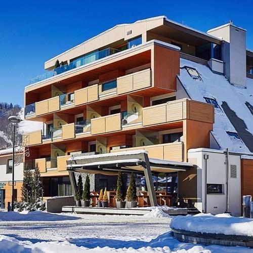 Hotel-Lederer's-Living-Kaprun-design-Hotel-exterior in snow