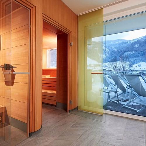 Hotel-Lederer's-Living-Kaprun-design-Hotel-sauna-area-rooftop