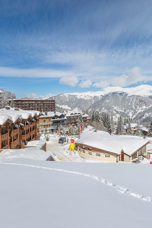 Les-Chalets-du-Forum-Courchevel-1850-apartments by the slopes