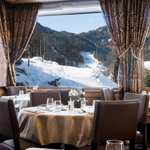 Hotel Beauregard-La Clusaz-mountain view from the restaurant