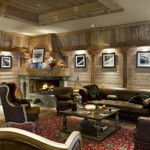 Hotel Beauregard-La Clusaz-fireside lounge