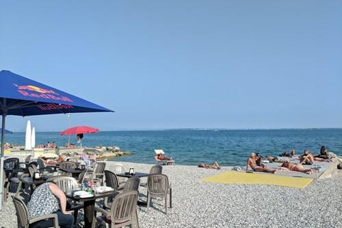 Lake-Garda-Italy-cafe