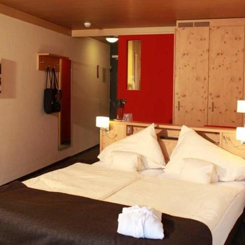 Hotel Eiger-Grindelwald ski hotel superior room