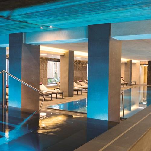 Elisabeth Hotel, luxury ski accommodation in Mayrhofen, Austria. Pool area