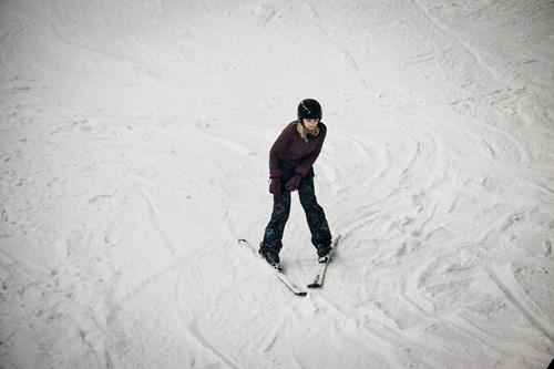 Hemel-Hempstead-claire-skiing.jpg
