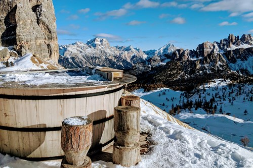 Wood fired hot tub at Cinque Torri