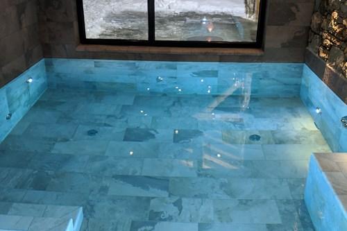 Chalet des Cascades, pool