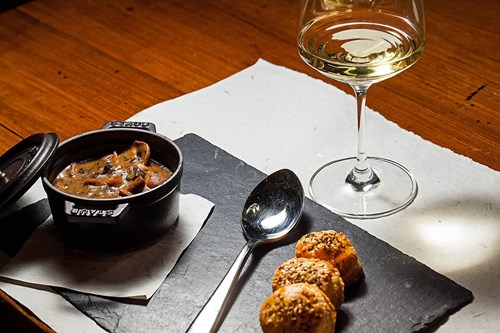 courmayeur mountain restaurant la chaumiere