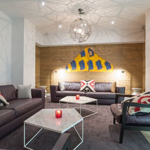 Hotel-Aigle-des-Neiges-Val-dIsere-lounge.jpg