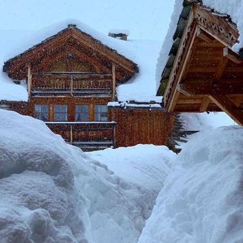 Alpe d'Huez, France - 21 hours ago