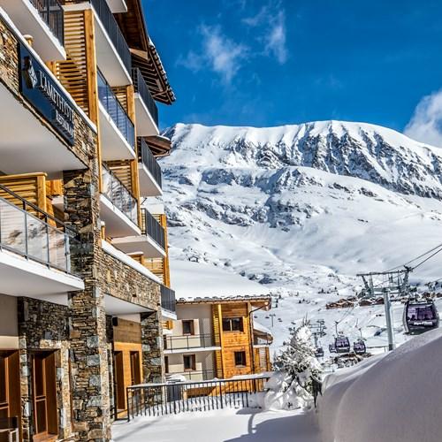 Daria-I-Nor-Alpe-d-huez-exterior.jpg