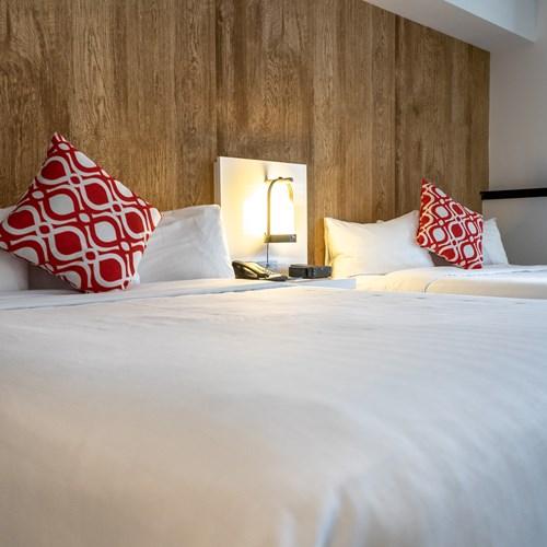 deluxe double queen room Hotel Aava Whistler