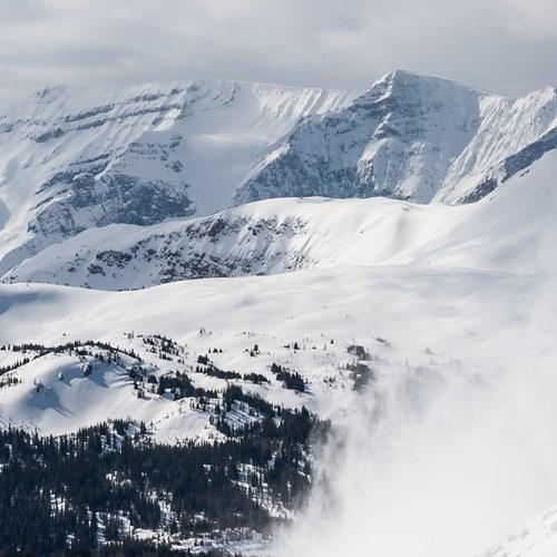 Flexiski-Homepage-Banff-Lake-Louise-Skiing.jpg