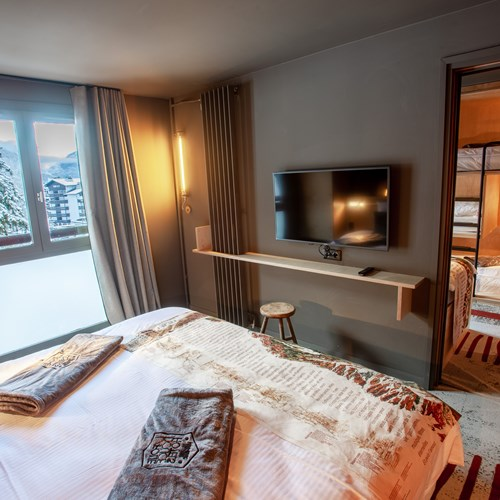 Folie-Douce-Hotel-Chamonix-ACCESS ROOM FAMILY.jpeg