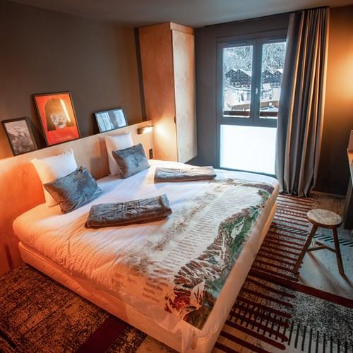 Folie-Douce-Hotel-Chamonix-ACCESS ROOM FOR 2.jpeg