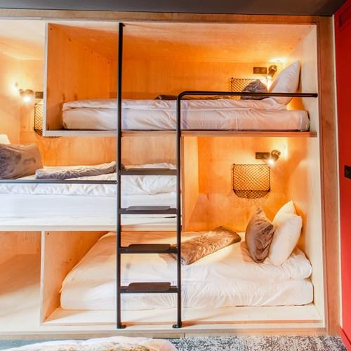 Folie-Douce-Hotel-Chamonix-ACCESS ROOM FOR 4.jpg