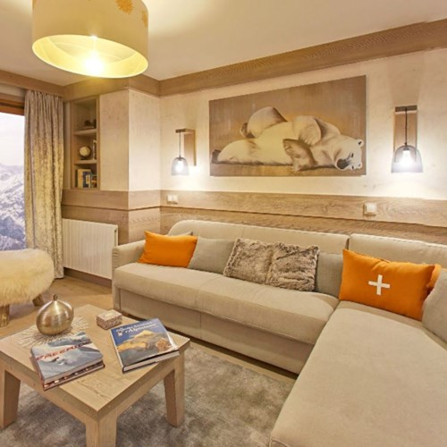 l'hévana apartments in Meribel, lounge