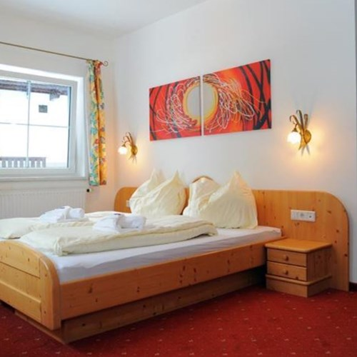 twin room at chalet fauner, catered ski chalet in st anton