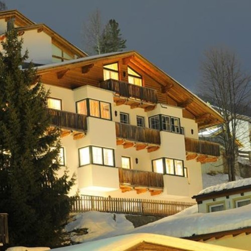 exterior of chalet fauner, catered ski chalet in st anton